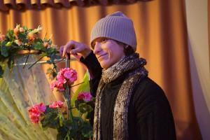 Сцена из спектакля Розовый кустot. Театр-студия Белая ворона